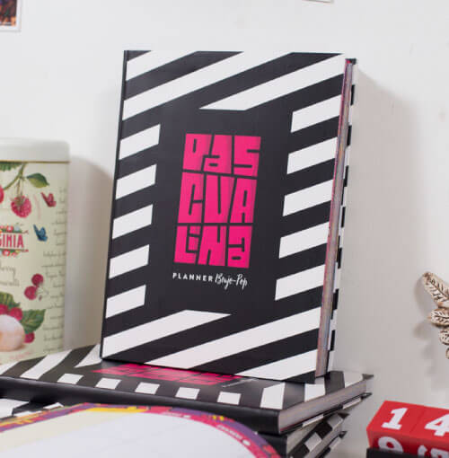 planner pink pascualina